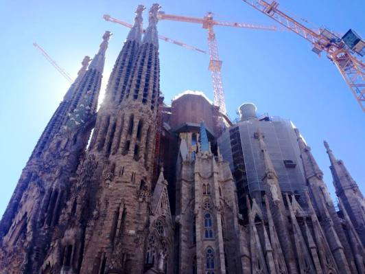 la sagrada familia phone1