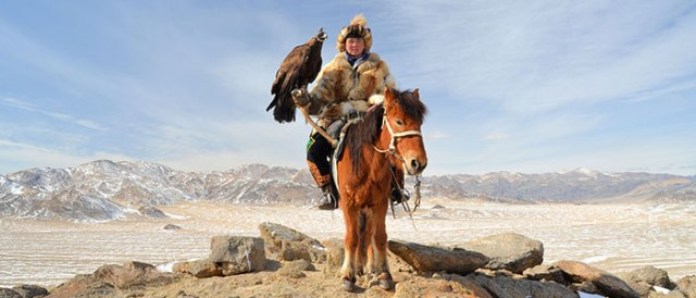 A-Dougy-Howes-Eagle-Hunter-Altai-Mongolia