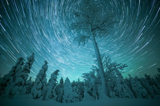 PAY-THE-MAGIC-OF-WINTERTIME-IN-FINNISH-LAPLAND